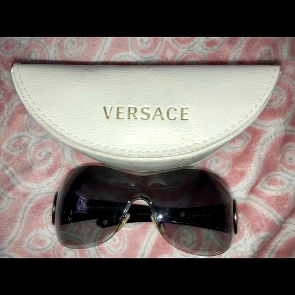 Versace Other - RARE! Versace 4162B Frameless Sunglasses